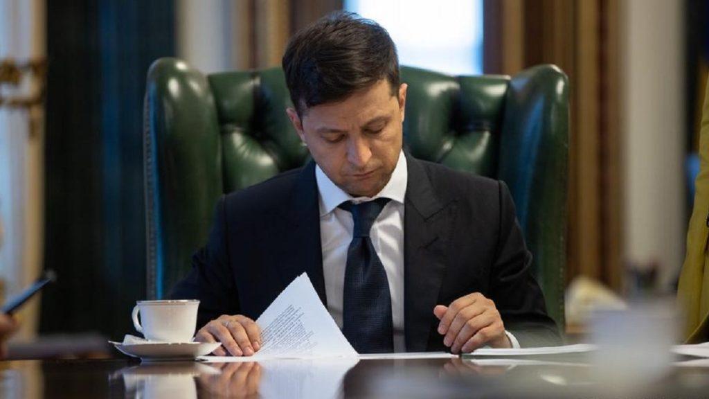 Президент підписав указ про призначення стипендій видатним діячам культури