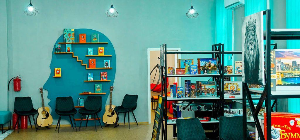 У бібліотеці Лисичанська відкрили молодіжну платформу BIBLIO HUB