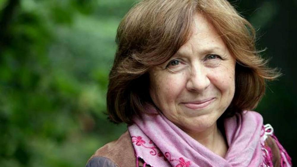 Світлана Алексієвич працює над книжкою про масові протести у Білорусі