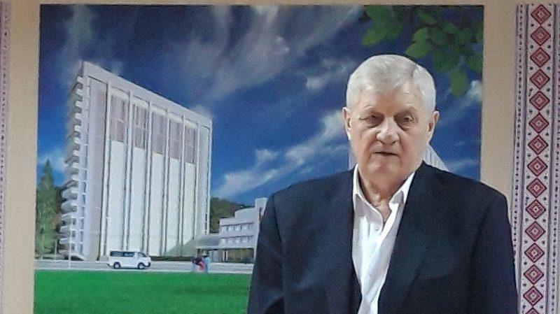 Президент України нагородив орденом директора Книжкової палати