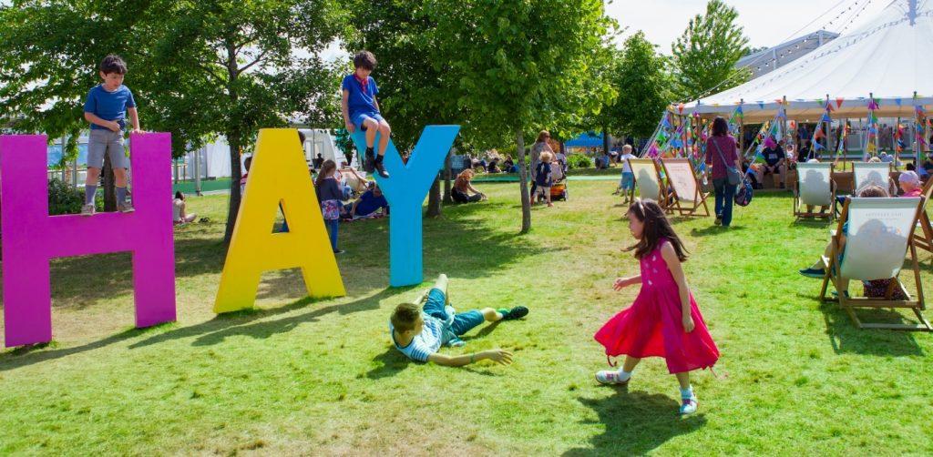 Оголосили програму цьогорічного Hay-фестивалю в Уельсі