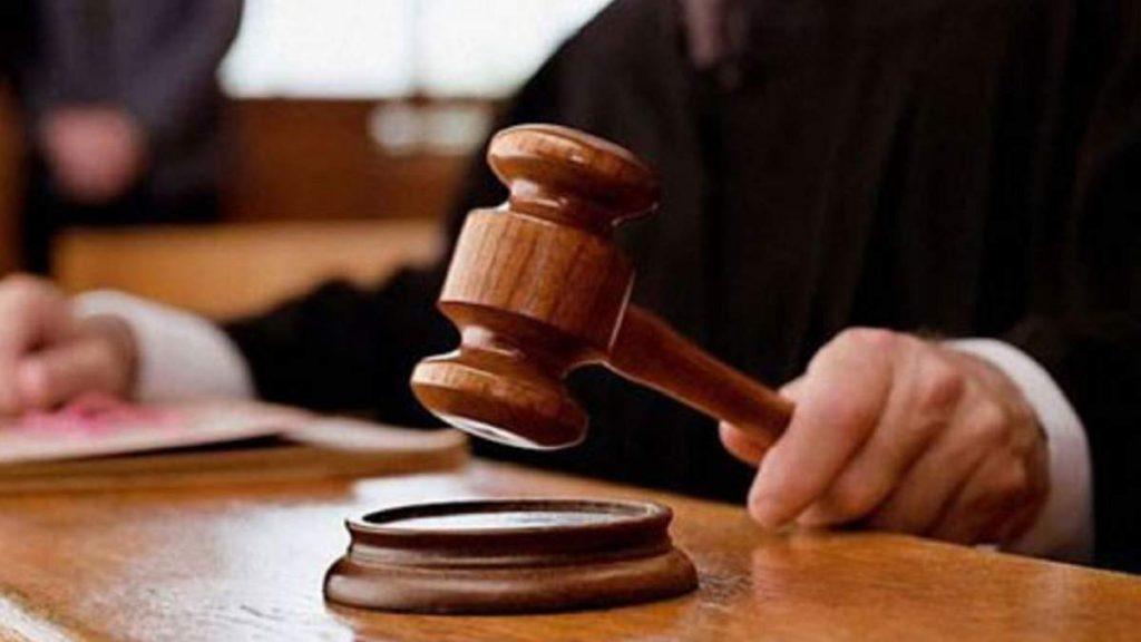 Суд у Кропивницькому виніс вирок письменнику за критику влади